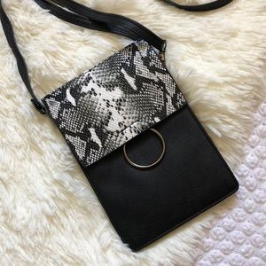 Handbags - Snake Skin Mini Purse